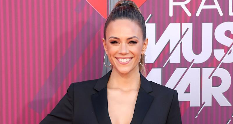 Jana Kramer. Image via Getty Images.