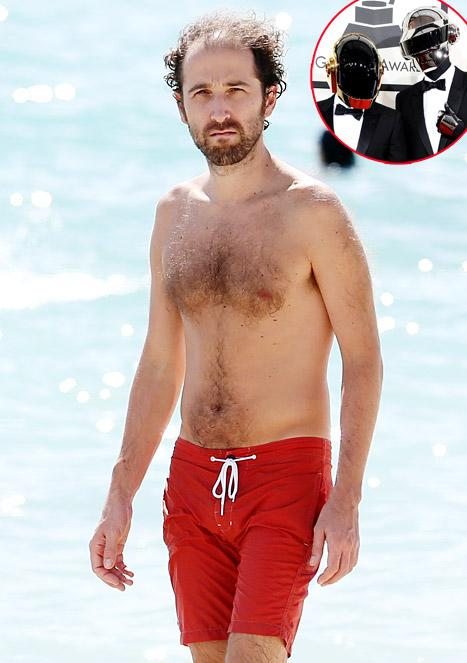 Daft Punk's Thomas Bangalter Removes His Helmet, Shirt on Beach With Sexy Wife: See the Pictures