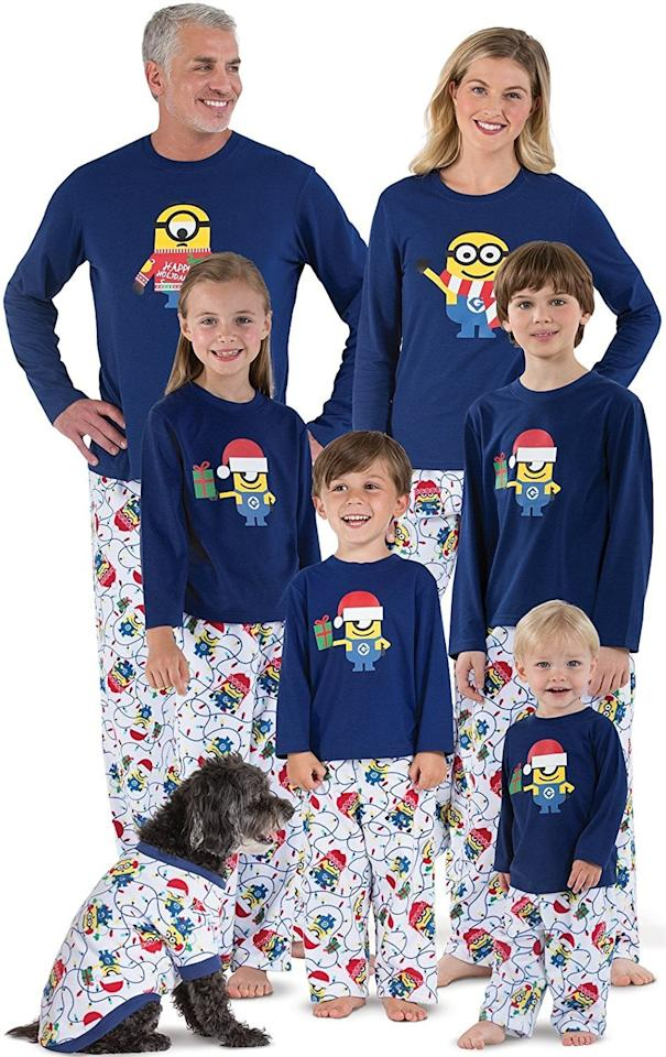 "<p>Celebrate the holidays by wearing PJs based on your favorite movie. Get everyone the <a href=""https://www.popsugar.com/buy/PajamaGram-Minion-Pajamas-515620?p_name=PajamaGram%20Minion%20Pajamas&retailer=amazon.com&pid=515620&price=20&evar1=moms%3Aus&evar9=44242167&evar98=https%3A%2F%2Fwww.popsugar.com%2Fphoto-gallery%2F44242167%2Fimage%2F44242365%2FPajamaGram-Minion-Pajamas&list1=holiday%2Cgift%20guide%2Cgifts%20for%20kids%2Choliday%20for%20kids%2Cgifts%20for%20men%2Cgifts%20for%20teens&prop13=api&pdata=1"" rel=""nofollow"" data-shoppable-link=""1"" target=""_blank"" class=""ga-track"" data-ga-category=""Related"" data-ga-label=""https://www.amazon.com/dp/B07FJWDG6Y/ref=dp_cerb_2"" data-ga-action=""In-Line Links"">PajamaGram Minion Pajamas</a> ($20-$60).  </p>"
