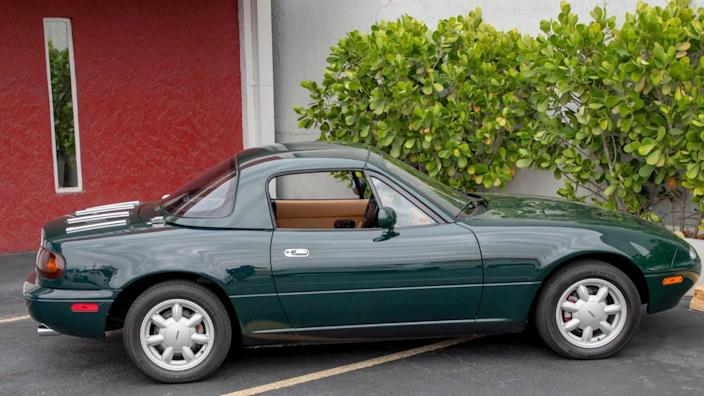 Give The Green Light To This Special 1991 Mazda Miata MX-5