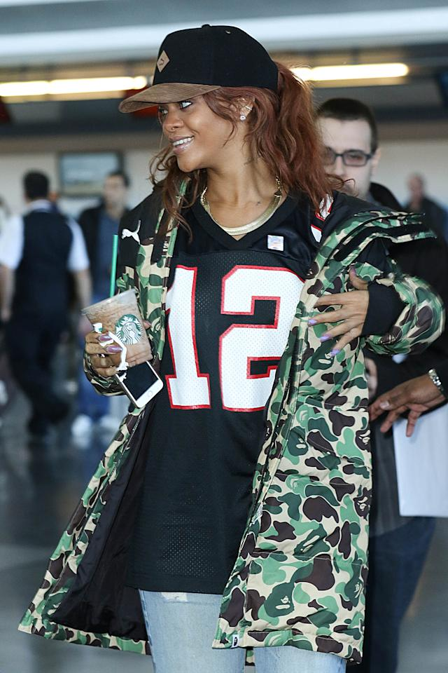 """RiRi loves iced coffee, and has been known to <a rel=""""nofollow"""" href=""""http://www.dailymail.co.uk/tvshowbiz/article-2154759/Rihanna-steps-entourage-late-night-coffee-run.html"""">sneak out for a late-night java drink</a> on her own. Relatable."""