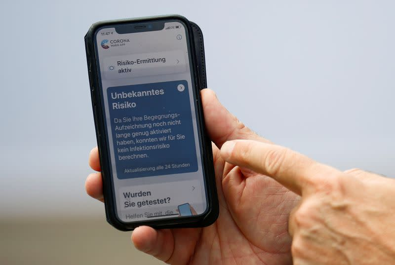 FILE PHOTO: Germany to launch coronavirus smartphone contact tracing app