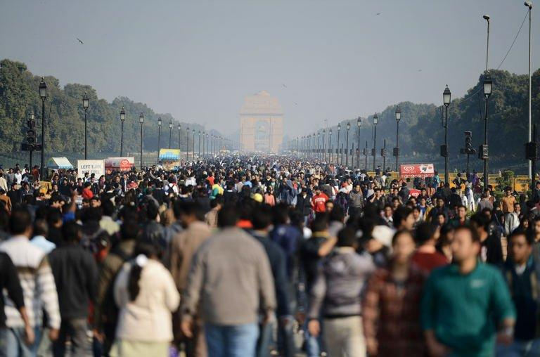 Indian demonstrators march towards India Gate during a protest calling for better safety for women following the rape of a student last week, in front of the Government Secretariat and Presidential Palace in New Delhi on December 22, 2012