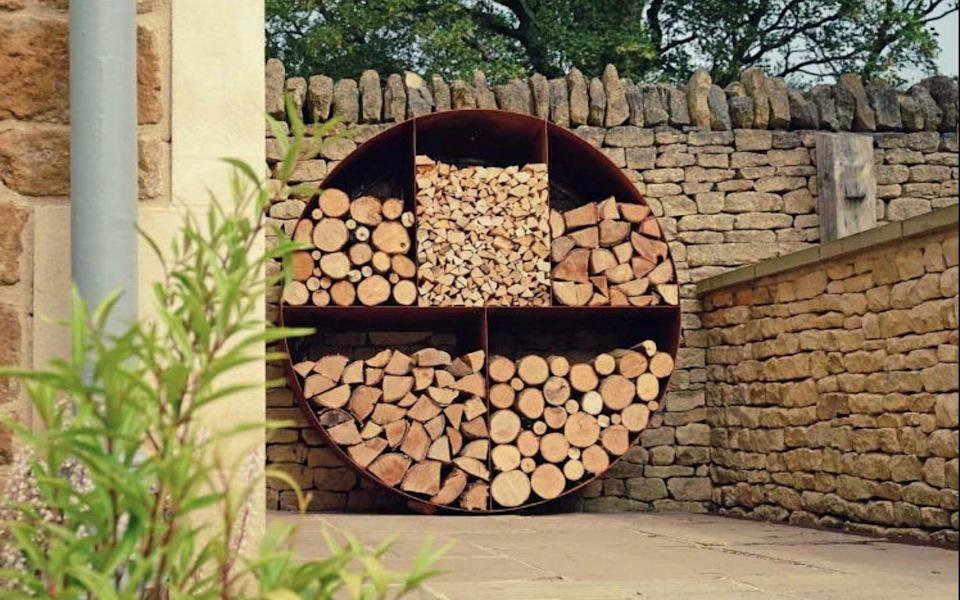 Parker and Coop circular log store - Parker and Coop