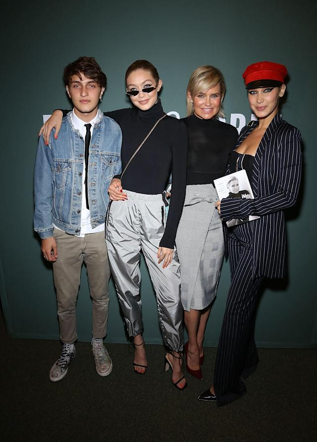 Hadid with her three children, models Anwar, Gigi, and Bella. (Photo: Getty)