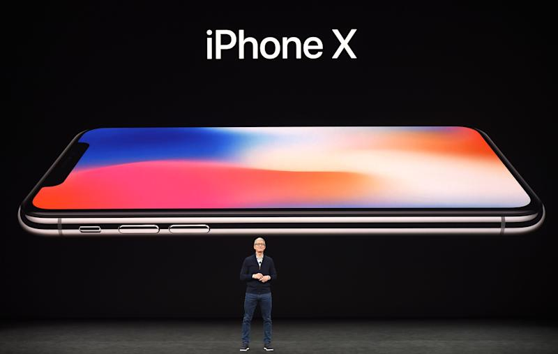 Apple confirms a way to stop cops and robbers abusing Face ID