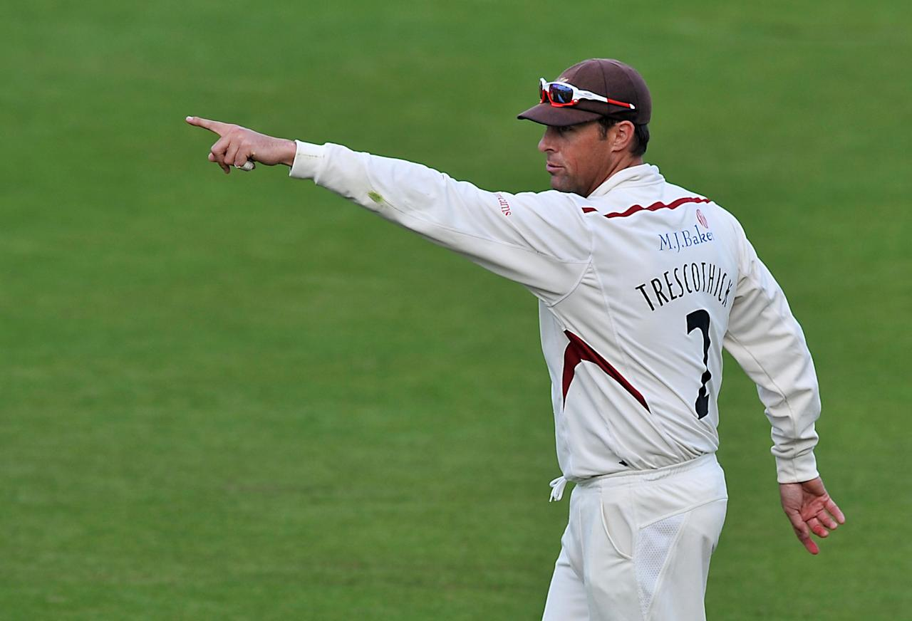 Somerset captain Marcus Trescothick gestures to his team-mates during the LV= County Championship, Division One match at Trent Bridge, Nottingham.