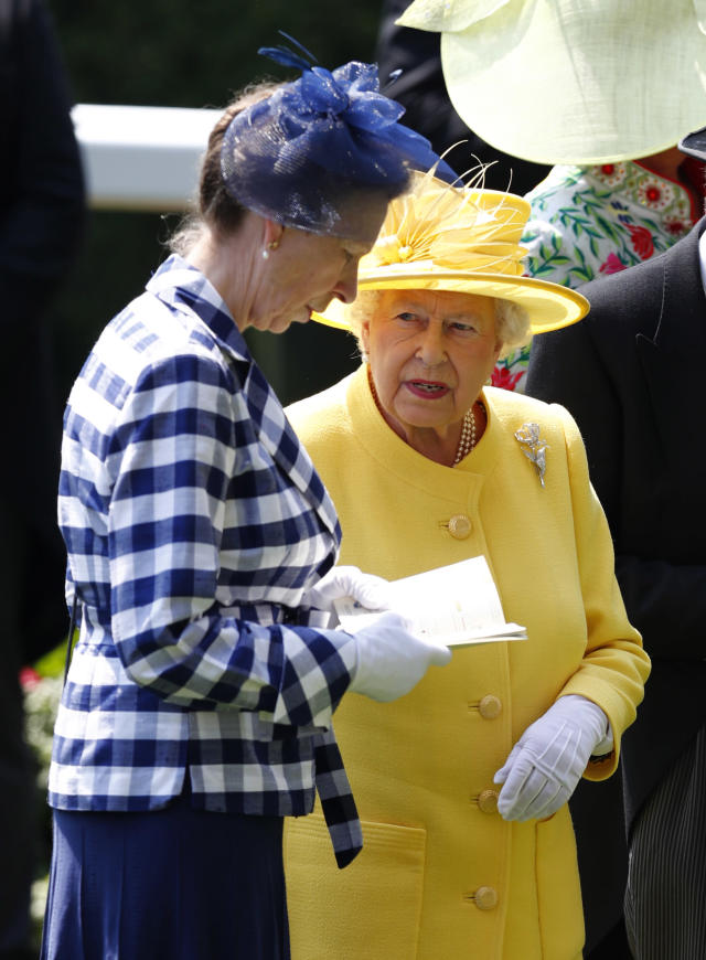 Britain Horse Racing - Royal Ascot - Ascot Racecourse - June 21, 2017 Britain's Queen Elizabeth II with Princess Anne before the 2.30 Jersey Stakes REUTERS/Eddie Keogh Livepic