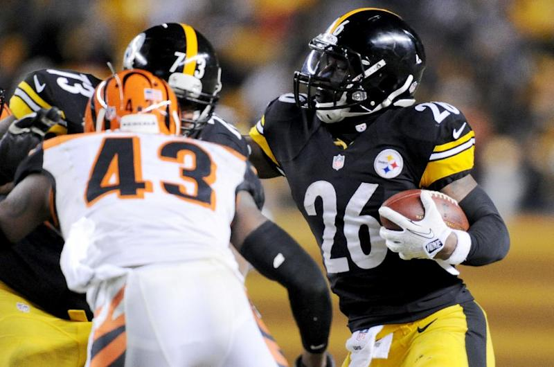 Versatile RB Bell flourishing for Steelers