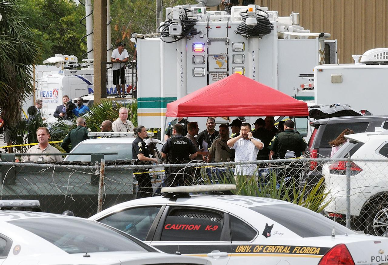<p>Investigators work the scene of a multiple shooting at an area business in an industrial area on June 5, 2017 northeast of downtown Orlando, Florida. According to published reports, five people were killed in the attack by a man police described as a disgruntled former worker at Fiamma, Inc., which makes accessories for campers and other recreational vehicles. The attacker killed himself, according to police. (Photo by Gerardo Mora/Getty Images) </p>