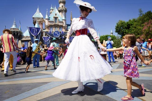 Some Disneyland rides halt after power outage