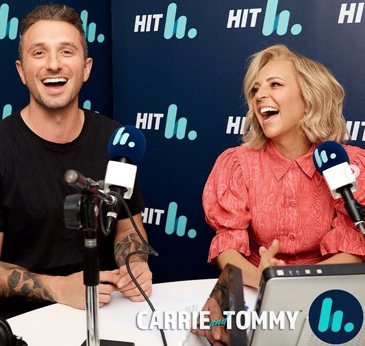 carrie and tommy hit radio show
