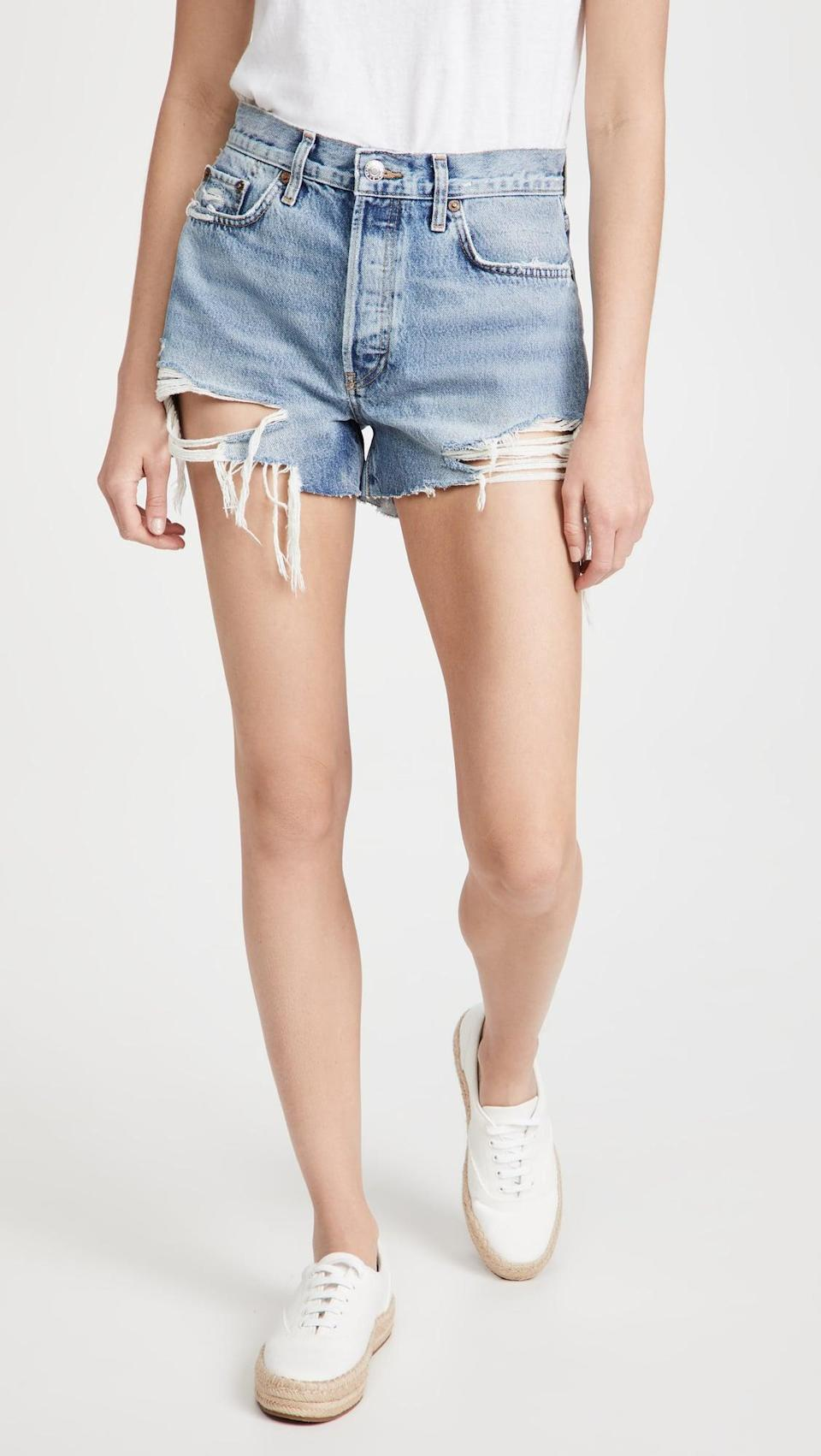 <p>If you love vintage shorts, then the <span>RE/DONE 70s High Rise Shorts</span> ($210) is no doubt your match.</p>