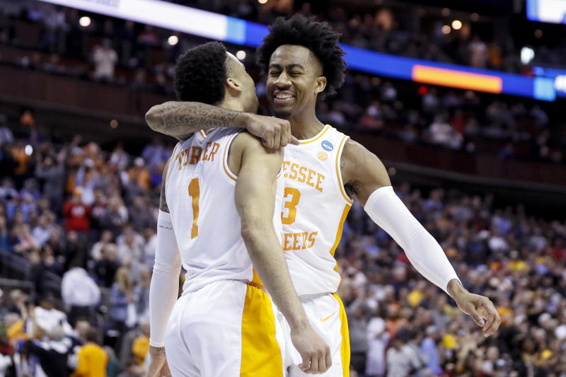 1 Moment To Celebrate From Every 2019 March Madness Game: Tennessee Blows 25-point Lead, Beats Iowa 83-77 In OT