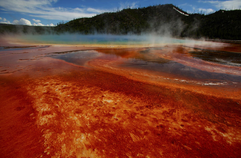 Earthquake Swarm at Yellowstone Supervolcano Now the Longest Ever Recorded