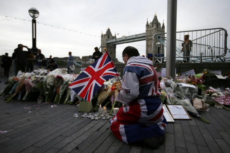 Dramatic footage shows moments of London terror attack