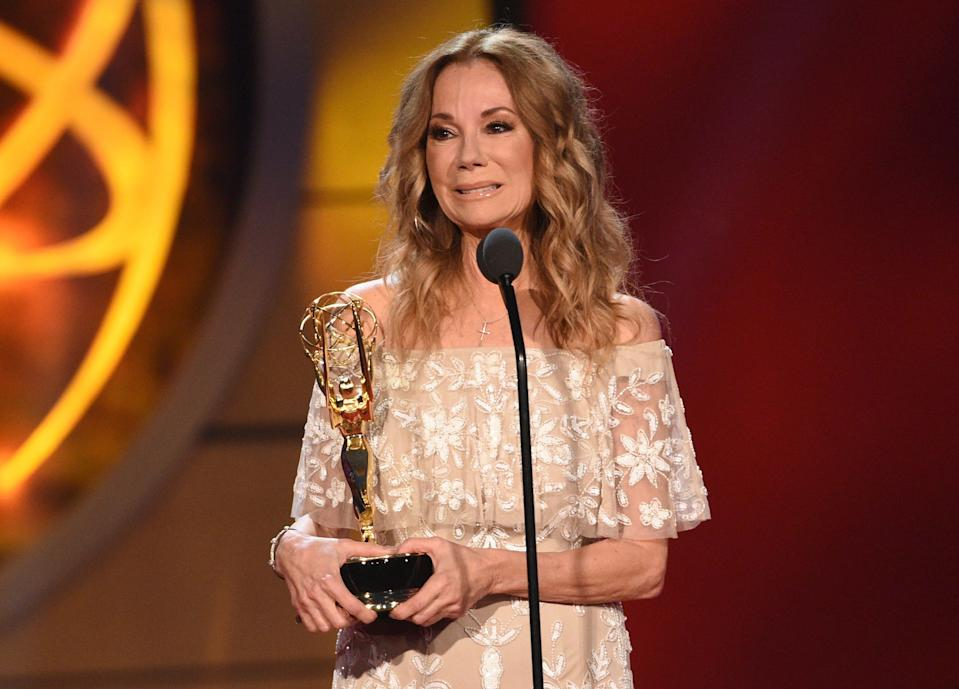 """Kathie Lee Gifford accepts the award for informative talk show host for """"Today Show With Kathie Lee & Hoda"""" at the 46th annual Daytime Emmy Awards."""