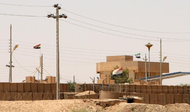 A general view of the Iraq-Syria border point Abu Kamal, on July 22, 2012 (AFP Photo/Azhar Shallal)