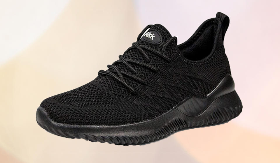 These comfy kicks are the ultimate year-round sneaker. (Photo: Amazon)