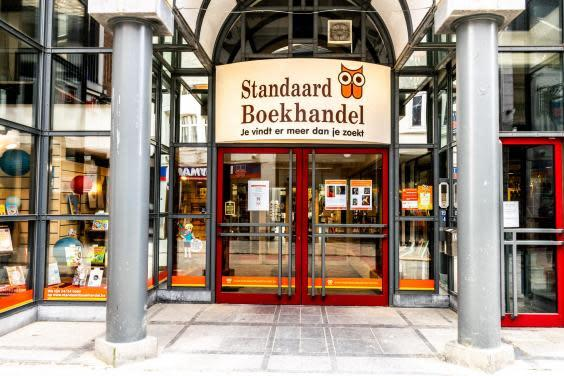 A closed book shop in Hasselt, Belgium, on 14 March 2020. (CHARLOTTE GEKIERE/BELGA MAG/AFP via Getty Images)