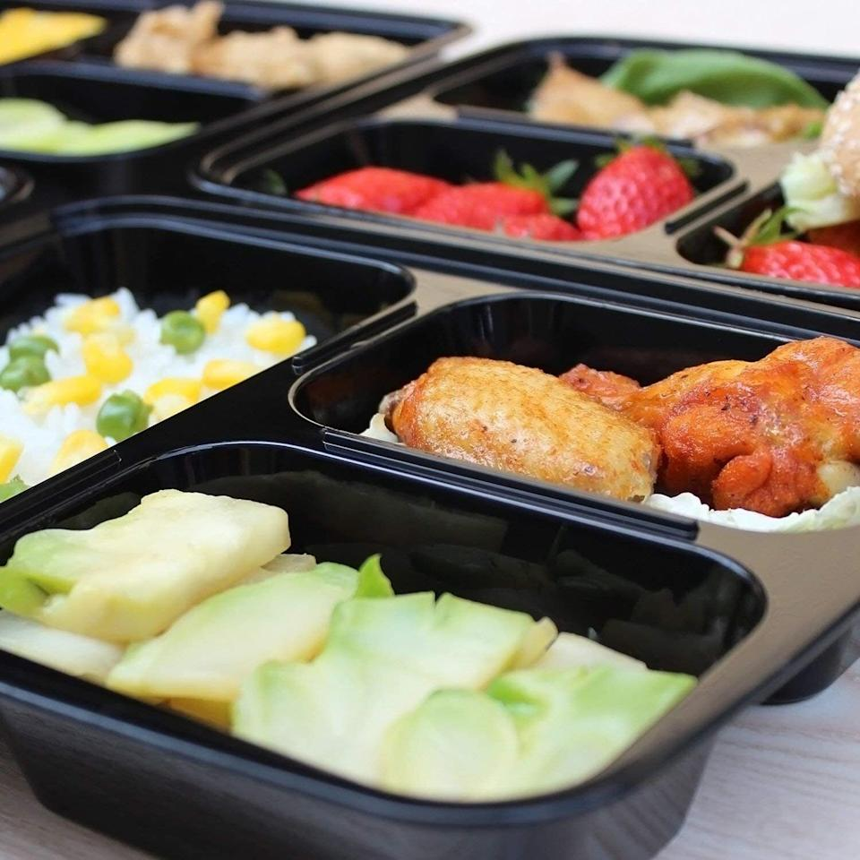 """These will help make packing lunch a cinch!The containers are dishwasher-, microwave- and freezer-safe! They are also BPA-free and stain- and odor-resistant.<br /><br /><strong>Get them from Amazon for <a href=""""https://www.amazon.com/dp/B072B9F7W4?&linkCode=ll1&tag=huffpost-bfsyndication-20&linkId=4c39dec90f2a24504c25bc4b2352c98b&language=en_US&ref_=as_li_ss_tl"""" target=""""_blank"""" rel=""""noopener noreferrer"""">$16.99</a>.</strong>"""