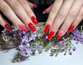 """<p>Fire nails su manicure rosso fuoco.</p><p><a href=""""https://www.instagram.com/p/CNqHHg4FPB5/"""" rel=""""nofollow noopener"""" target=""""_blank"""" data-ylk=""""slk:See the original post on Instagram"""" class=""""link rapid-noclick-resp"""">See the original post on Instagram</a></p>"""