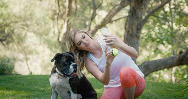 Kate Upton and Harley (Photo: AKC)