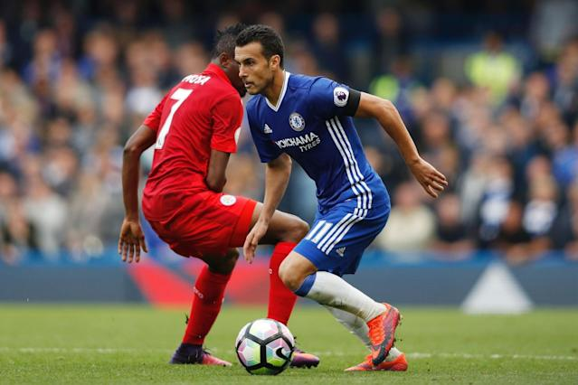 Pedro evades a tackle