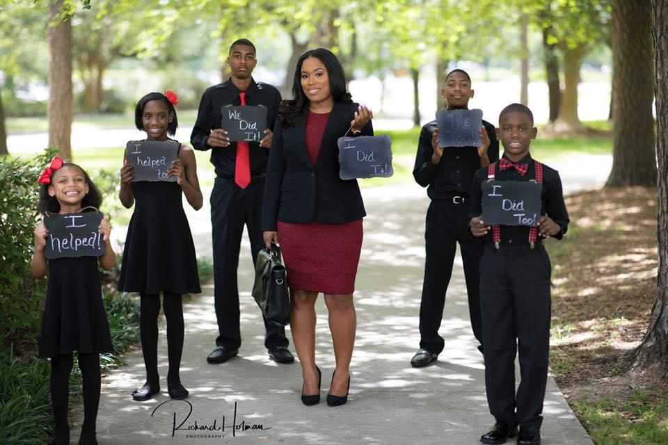 "Champs's children pose proudly around her. (Photo: <a href=""http://www.rhphotostudio.com/"" rel=""nofollow noopener"" target=""_blank"" data-ylk=""slk:Richard Holman Photography"" class=""link rapid-noclick-resp"">Richard Holman Photography</a>)"