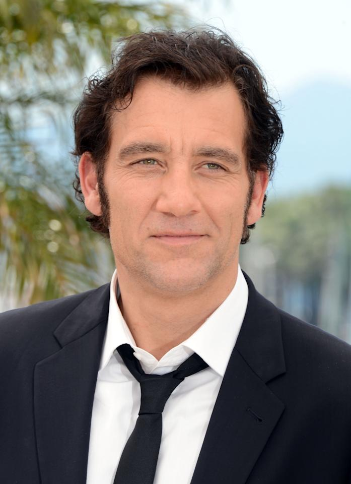 """CANNES, FRANCE - MAY 25:  Actor Clive Owen poses at the """"Hemingway & Gellhorn"""" photocall during the 65th Annual Cannes Film Festival at Palais des Festivals on May 25, 2012 in Cannes, France.  (Photo by Andrew H. Walker/Getty Images)"""