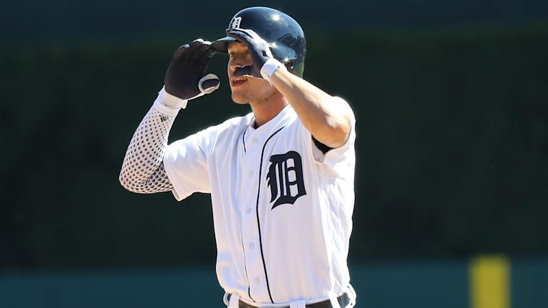 Tigers OF JaCoby Jones leaves game after getting drilled in face by pitch