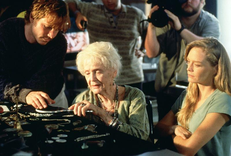 Bill Paxton, Gloria Stuart and Suzy Amis in 'Titanic' (Photo: 20th Century Fox Film Corp/Courtesy: Everett Collection)