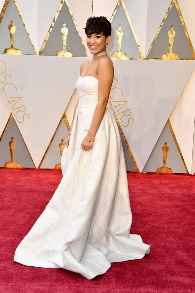 11 oscars red carpet gowns you could wear on your wedding day for Georges chakra gold wedding dress price