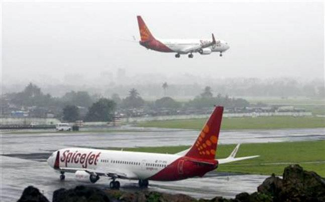 Woman dies onboard SpiceJet flight, family accuses airline of negligence