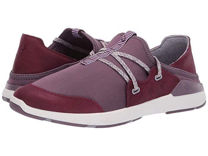 """<strong><a href=""""https://fave.co/2YCWJtn"""" target=""""_blank"""" rel=""""noopener noreferrer"""">Find them for $130 at Zappos.</a></strong>"""