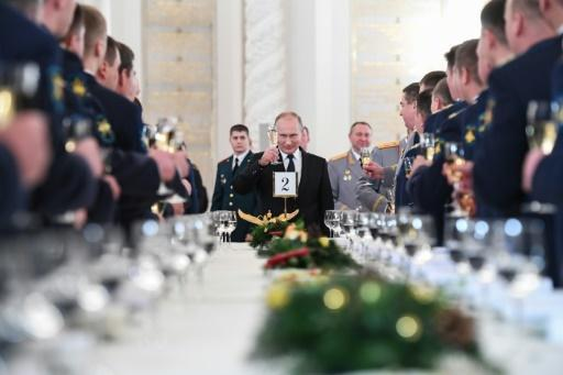 <p>28 civilians killed in Syria, most in Russian air strikes: monitor</p>