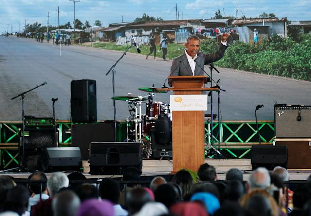 <p>Former U.S. President Barack Obama addresses delegates during the launch of Sauti Kuu resource centre near his ancestral home in Nyangoma Kogelo village in Siaya county, Kenya July 16, 2018. (Photo: Thomas Mukoya/Reuters) </p>