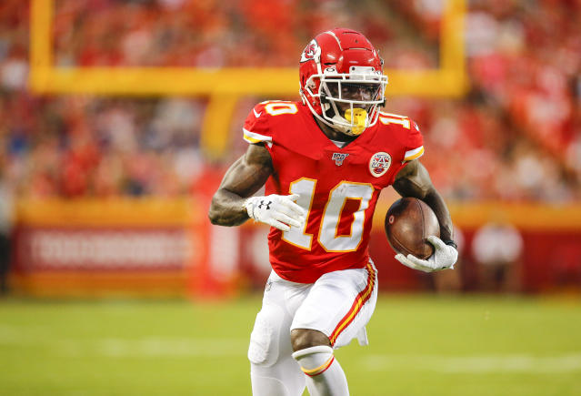 Chiefs wide receiver Tyreek Hill has been out since the season opener with a clavicle injury. (David Eulitt/Getty Images)