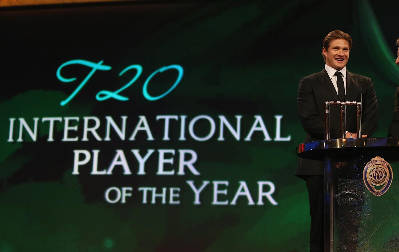 MELBOURNE, AUSTRALIA - FEBRUARY 04:  Shane Watson of Australia speaks after being named the Twenty20 International Player of the Year during the 2013 Allan Border Medal awards ceremony at Crown Palladium on February 4, 2013 in Melbourne, Australia.  (Photo by Scott Barbour/Getty Images)