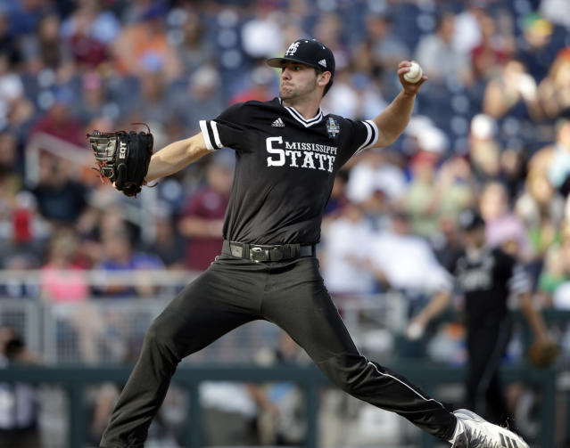 Mississippi State pitcher Ethan Small works against Oregon State in the first inning of an NCAA College World Series baseball elimination game in Omaha, Neb., Saturday, June 23, 2018. (AP Photo/Nati Harnik)