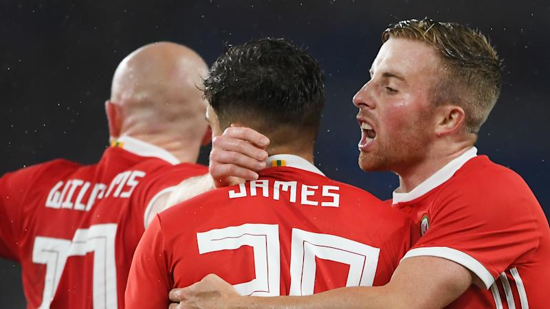 Giggs praises Manchester United winger James after Wales winner