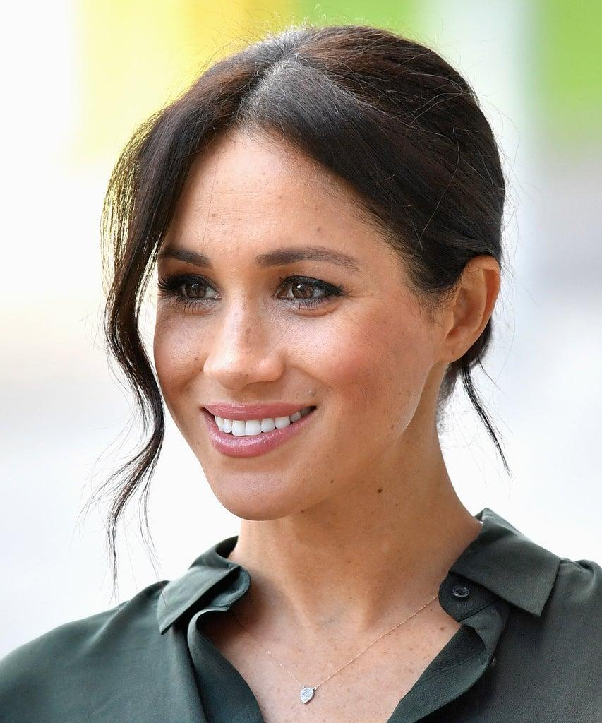 BOGNOR REGIS, UNITED KINGDOM – OCTOBER 03: Meghan, Duchess of Sussex arrives at the University of Chichester's Engineering and Digital Technology Park during an official visit to Sussex on October 3, 2018 in Bognor Regis, United Kingdom. The Duke and Duchess married on May 19th 2018 in Windsor and were conferred The Duke & Duchess of Sussex by The Queen. (Photo by Samir Hussein/Samir Hussein/WireImage)