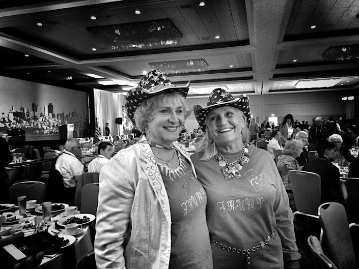 <p>A pair of Trump supporters at the California GOP convention on April 29 in Burlingame, Calif. (Photo: Holly Bailey/Yahoo News) </p>
