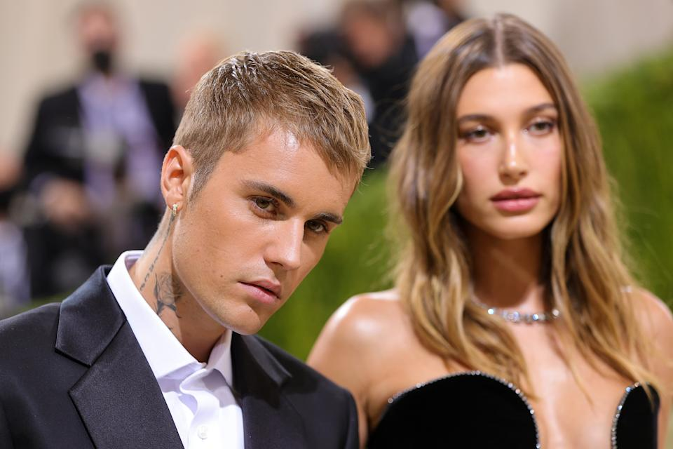 NEW YORK, NEW YORK - SEPTEMBER 13: Justin Bieber and Hailey Bieber attend The 2021 Met Gala Celebrating In America: A Lexicon Of Fashion at Metropolitan Museum of Art on September 13, 2021 in New York City. (Photo by Theo Wargo/Getty Images)