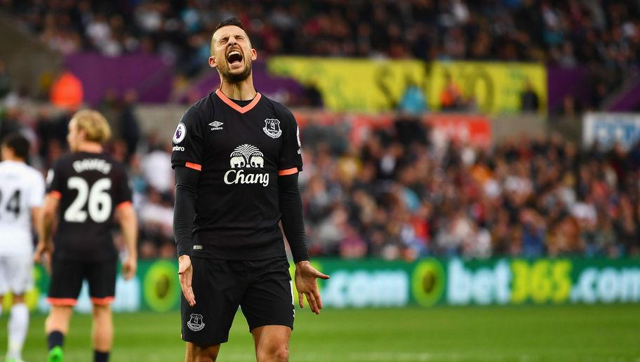 <p><strong>Times home kit worn: 29</strong></p> <p><strong>Times away kit worn: 2</strong></p> <p><strong>Times third kit worn: 7</strong></p> <br /><p>Everton fans would have been forgiven to have asked their club why their dark blue away strip wasn't used more often last season. The Toffees were seen in their third option, yellow shirt and blue shorts, more often than not when playing away from Goodison Park.</p>