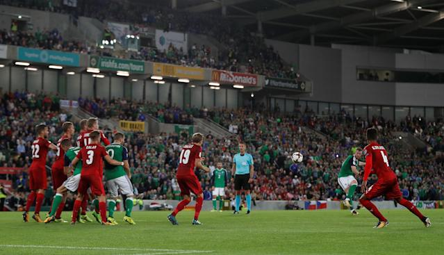Soccer Football - 2018 World Cup Qualifications - Europe - Northern Ireland vs Czech Republic - Belfast, Britain - September 4, 2017 Northern Ireland's Chris Brunt scores their second goal from a free kick Action Images via Reuters/Matthew Childs