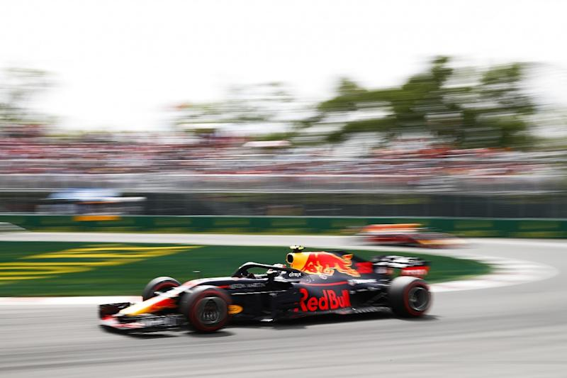 Red Bull announces 2019 Honda engine deal