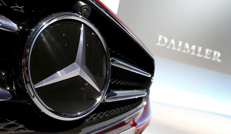 Has Geely cut its holding in Daimler? The Chinese carmaker says 'no'