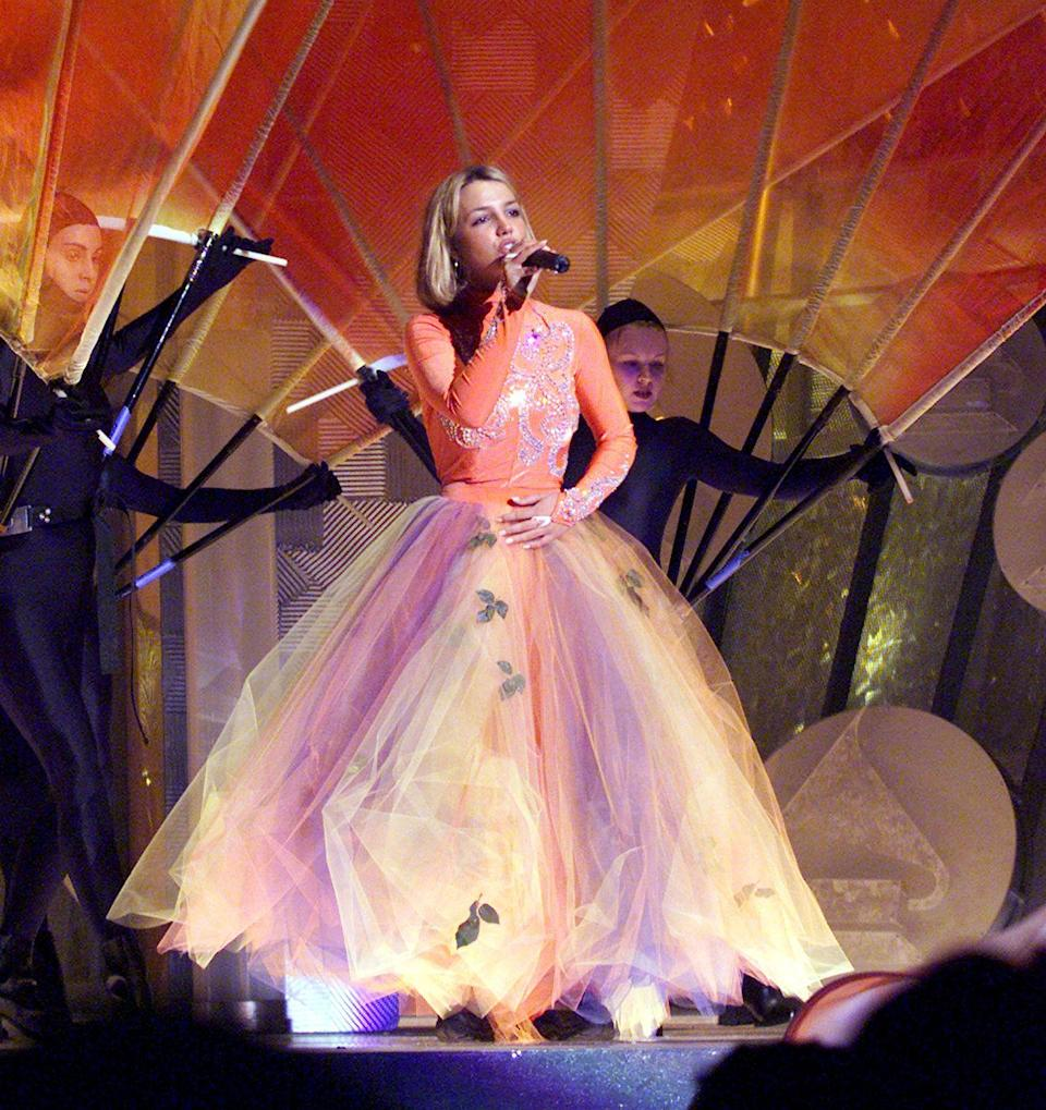 """<p>Just a click of the heels, and Brit turned into """"Glinda, the good witch."""" Look at all that tulle! </p>"""