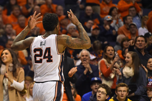 Illinois loses star Rayvonte Rice to a fractured left hand